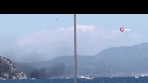 Lüks tekne yanarak battı!