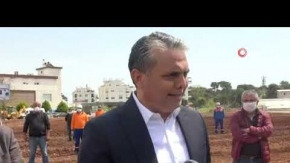 Muratpaşa Belediyesi, gıda krizi riskine karşı mısır ekimine başladı