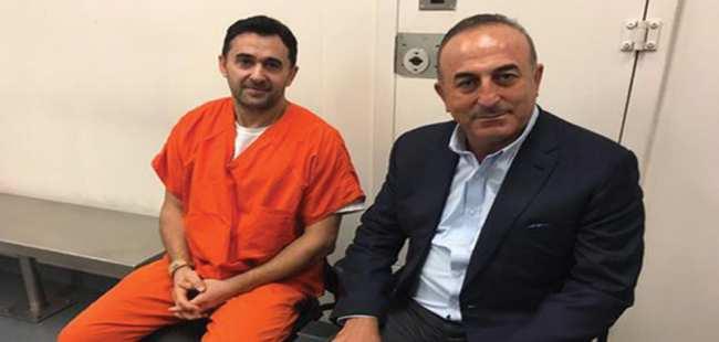 Çavuşoğlu'ndan Erdoğan'ın korumalarına ziyaret