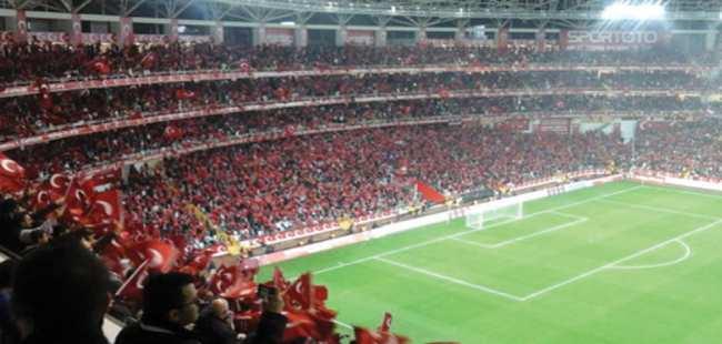 Millilerin maçı Antalya'da