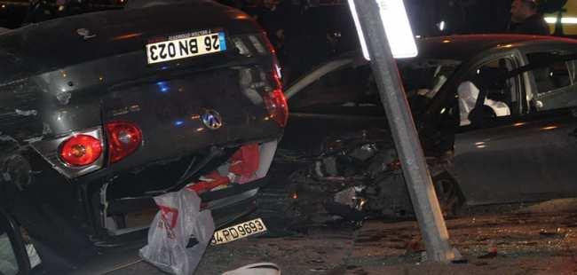 Otomobile silahlı saldırı