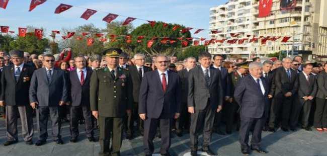 Antalya protokolü Atatürk'ü törenle andı