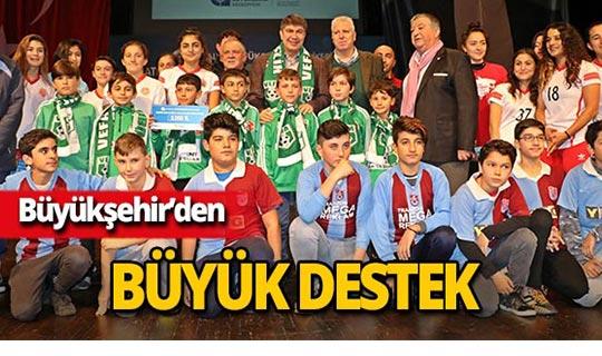 Antalya Büyükşehir'den 382 bin TL'lik destek!
