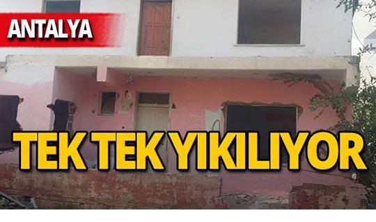Antalya'da o binalar yıkılıyor!