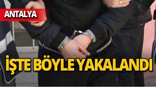 Antalya'da o telefonu travestiye satınca yakalandı!