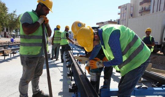 Antalya'da raylı sistem kenti saracak