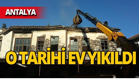 Antalya'da tehlike oluşturuyordu, yıkıldı!