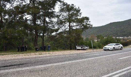 Antalya'da üç ayrı trafik kazası, 1 öldü, 10 yaralı