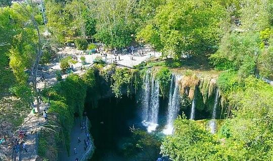 Antalya haber: Yasağa rağmen atlamaya devam ediyorlar