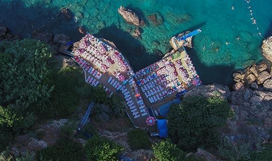 Antalya'nın gözdesi Falez Plajları!
