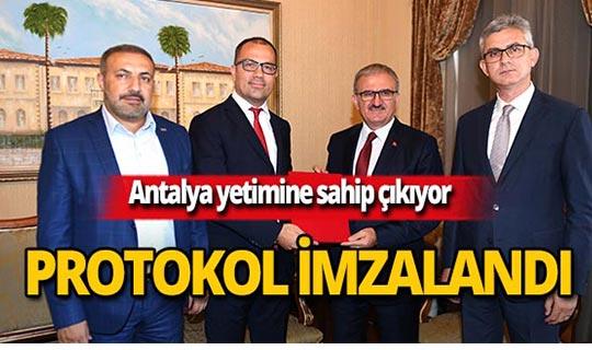 Antalya yetimine sahip çıkıyor