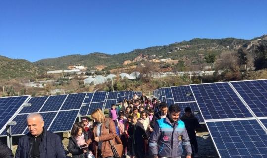 Çevreci öğrenciler GES ile tanıştı