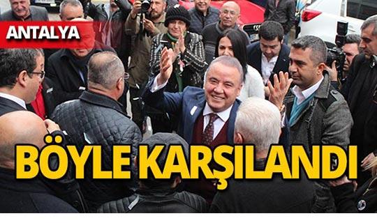 CHP Antalya Adayı Böcek, partililerle buluştu
