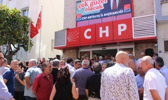 CHP Antalya bayramlaştı