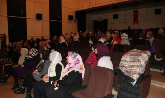Hizan'da 'Mutlu Yuva Huzurlu Toplum' semineri