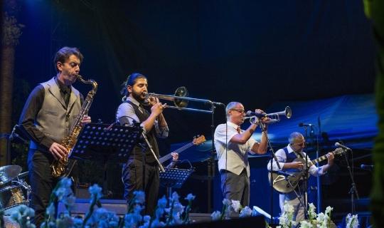 Iyeoka'dan Türk kahvesi eşliğinde muhteşem konser