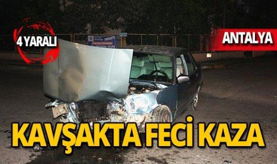 Kavşakta feci kaza: Yaralılar var