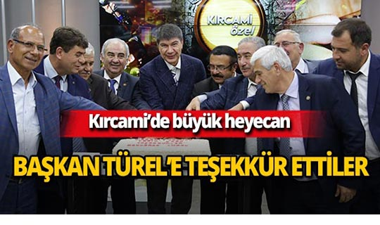 Başkan Türel'e pastalı teşekkür