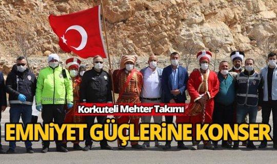 Korkuteli Mehter Takımı'ndan moral konseri