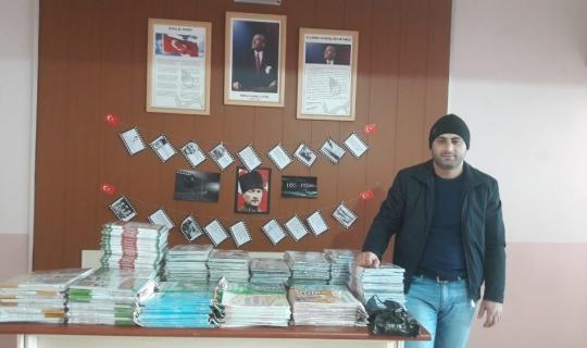 Malazgirt'te yüzlerce öğrenciye kitap yardımı