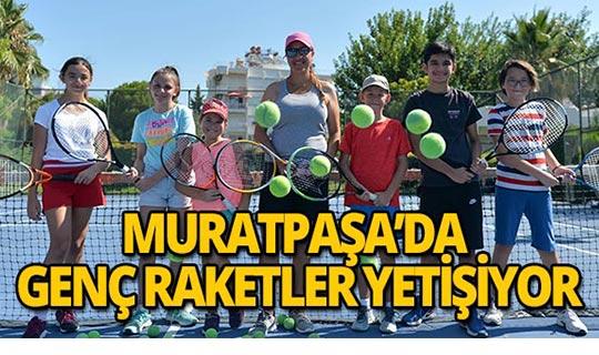 Muratpaşa Belediyesi'nin spor eğitimleri başladı