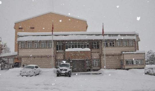 Muş'ta eğitime kar tatili