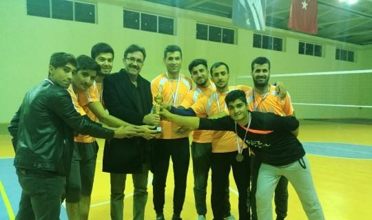 Sincik'te voleybol turnuvası