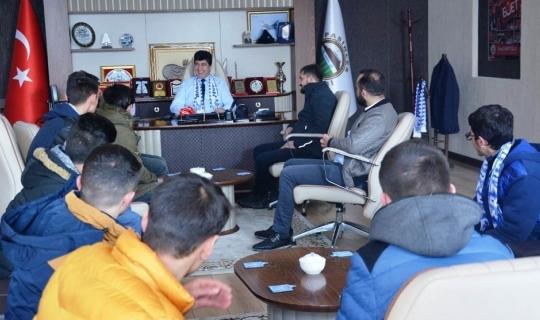 Taraftardan Başkan Sertoğlu'na ziyaret
