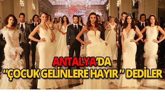 Ünlü mankenler Antalya'da buluştu