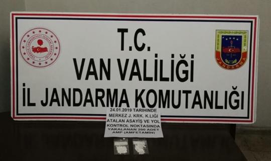 Van'da 200 adet uyuşturucu hap ele geçirildi