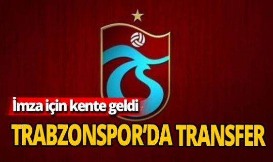 Yeni transfer imza için Trabzon'a ayak bastı