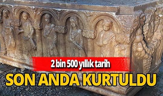 2 bin 500 yıllık lahit definecilerden kurtarıldı