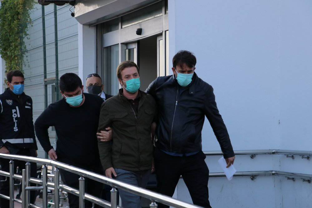 Eski Ceyhan Belediye Başkanı Kadir Aydar gözaltına alındı