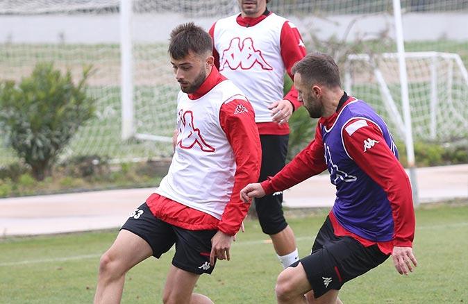 Antalyaspor'da Galatasaray maçı öncesi eksikler can sıkıyor