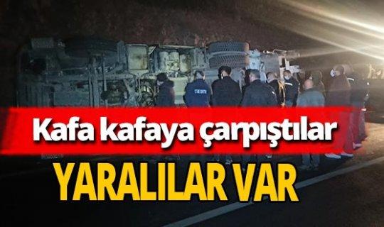 Ankara'da çöp kamyonları kafa kafaya çarpıştı