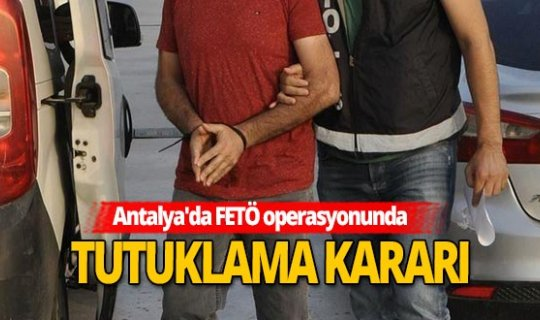 Antalya'da 9 FETÖ şüphelisi yakalandı