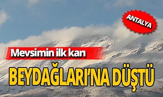 Antalya'da ilk kar Beydağları'na düştü