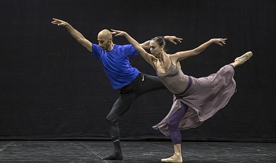 Antalya'da orkestra ve bale aynı sahnede olacak