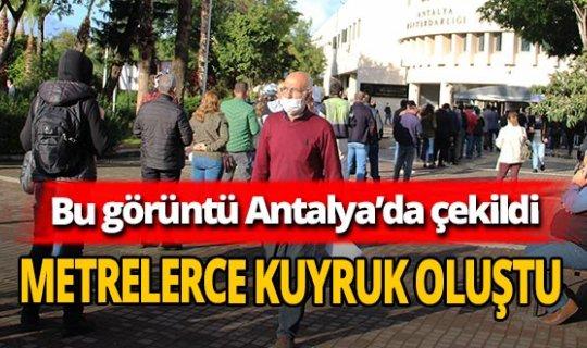 Antalya'da vergi borçlarını yapılandırma kuyruğu
