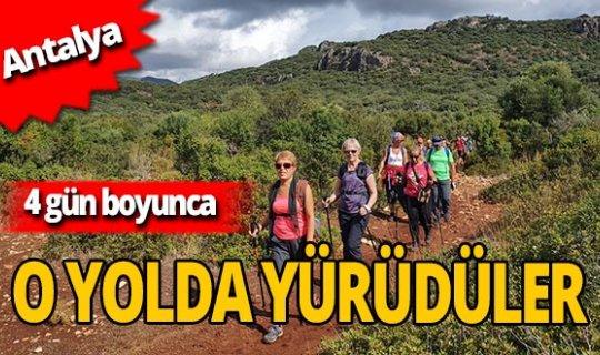 Antalya'da yaşayan yabancı vatandaşlar Likya Yolu'nda yürüdü