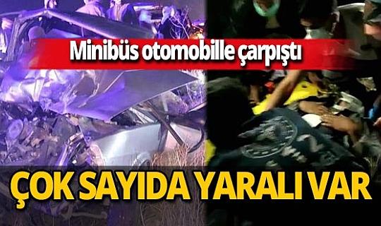 Batman'da minibüs ile otomobil çarpıştı: 14 kişi yaralandı!