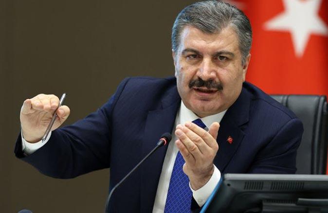 Bakan Fahrettin Koca'dan 4 il için umutlandıran haber:' Vaka sayılarında düşüş devam ediyor '