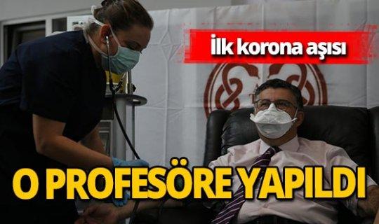 İlk koronavirüs aşısı Profesör Mustafa Necmettin Ünal'a yapıldı!