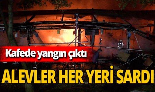 İstanbul Bayrampaşa'daki kafede yangın çıktı!