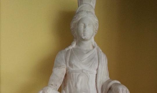 Kybele heykeli Türkiye'ye getirildi