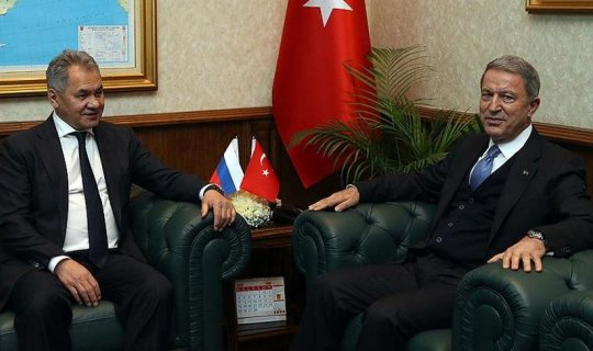 Milli Savunma Bakanı Hulusi Akar Rus mevkidaşı Sergey Şoygu ile telefonda görüştü