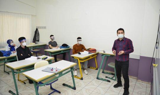 MURGEM'de pandemi önlemli eğitim