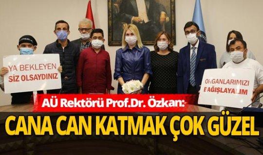 Nakilli hastalar Rektör Özlenen Özkan'la bir araya geldi