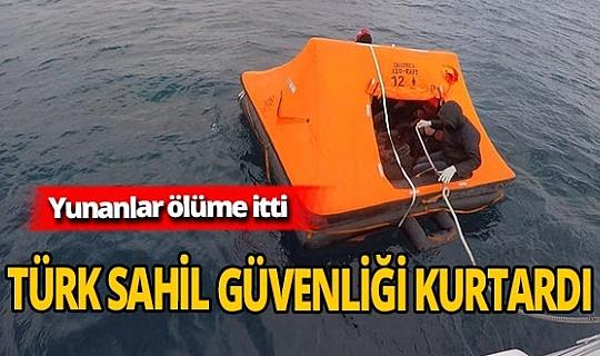 Ölüm yolculuğunda 16 göçmen kurtarıldı
