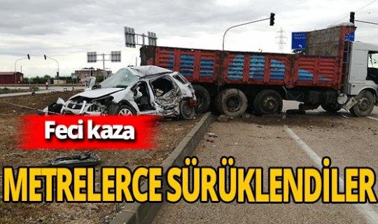 Otomobil ve kamyon birbirine girdi: 1 ölü 2 yaralı